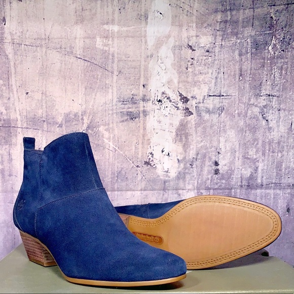 e60d7d3ac3a Timberland Shoes | Carleton Navy Blue Suede Ankle Boots | Poshmark